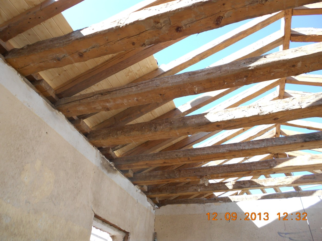 Panel s ndwich madera soluci n en rehabilitaci n de for Tejados de madera antiguos