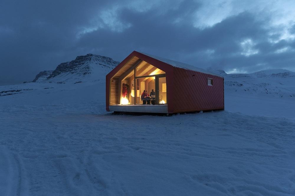 casa modular con panel sandwich en el artico